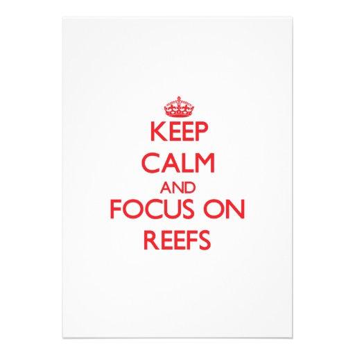 Mantenha a calma e o foco em recifes convites personalizados