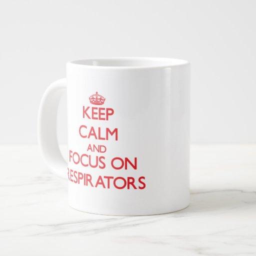 Mantenha a calma e o foco em respiradores canecas de café muito grande