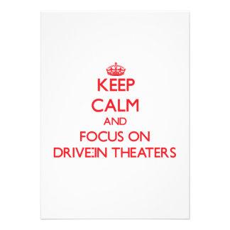 Mantenha a calma e o foco em teatros do cinema ao