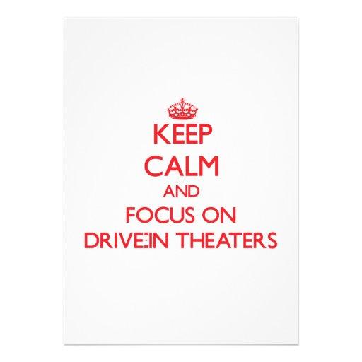 Mantenha a calma e o foco em teatros do cinema ao  convite