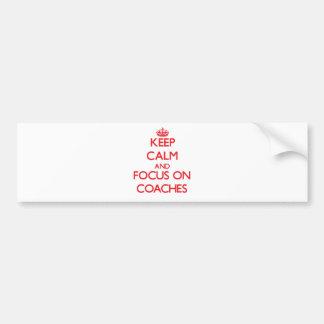 Mantenha a calma e o foco em treinadores adesivo