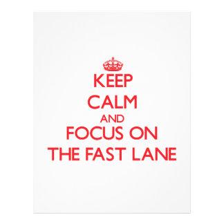 Mantenha a calma e o foco na faixa rápida panfletos personalizado