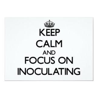 Mantenha a calma e o foco na inoculação convites personalizado