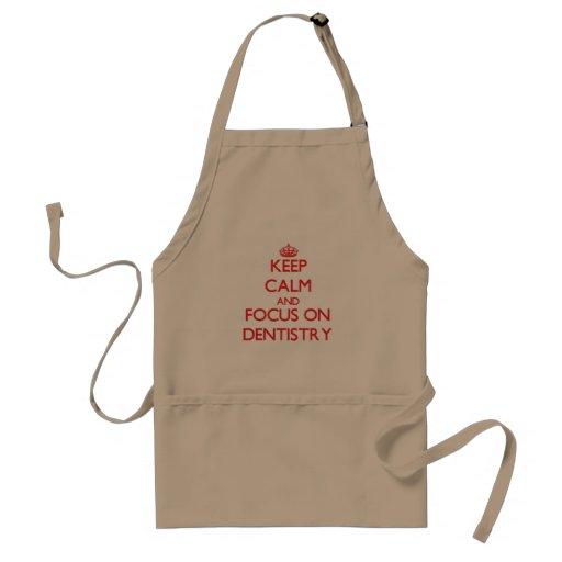 Mantenha a calma e o foco na odontologia avental