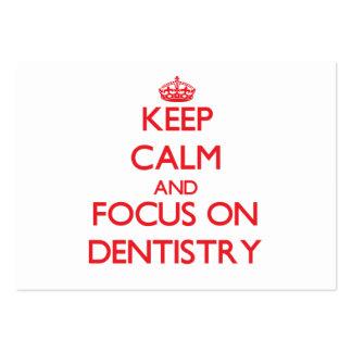 Mantenha a calma e o foco na odontologia cartão de visita grande