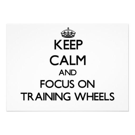Mantenha a calma e o foco nas rodas de treinamento convites personalizados