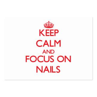Mantenha a calma e o foco nas unhas