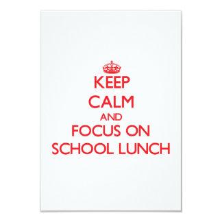 Mantenha a calma e o foco no almoço escolar convite 8.89 x 12.7cm