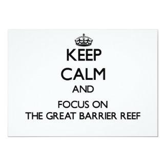 Mantenha a calma e o foco no grande recife de convite personalizado
