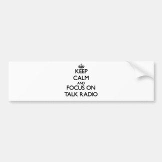 Mantenha a calma e o foco no programa de rádio adesivos