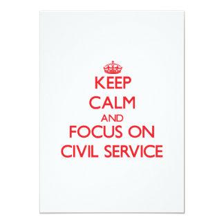 Mantenha a calma e o foco no serviço civil convite personalizado