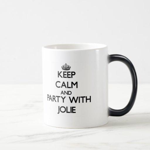 Mantenha a calma e o partido com Jolie Caneca