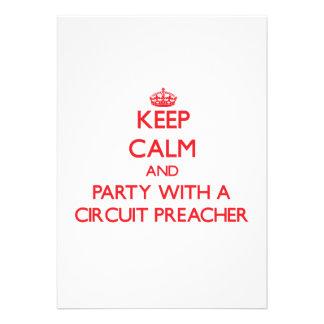 Mantenha a calma e o partido com um pregador do ci convite personalizados