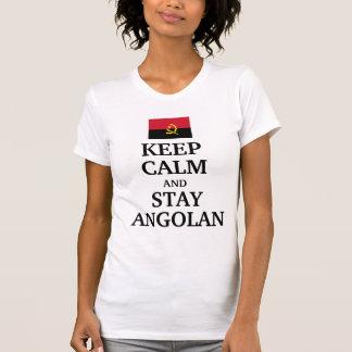 Mantenha a calma e permaneça angolano t-shirt