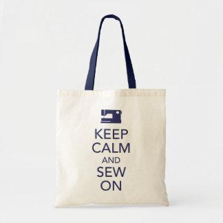 Mantenha a calma e Sew na sacola do marinho Sacola Tote Budget
