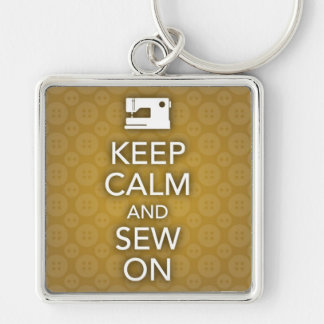 Mantenha a calma e Sew no chaveiro amarelo