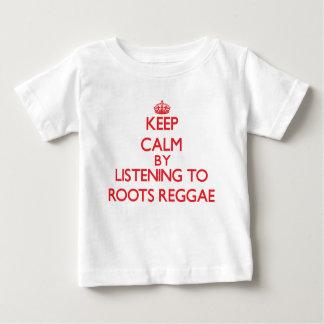 Mantenha a calma escutando a REGGAE das RAIZES Camiseta Para Bebê