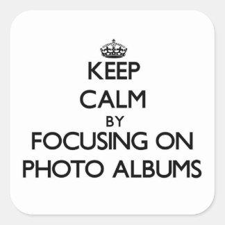 Mantenha a calma focalizando em álbuns de fotograf