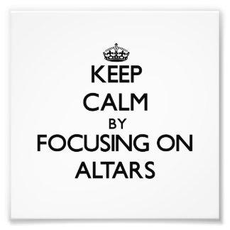 Mantenha a calma focalizando em altares foto arte