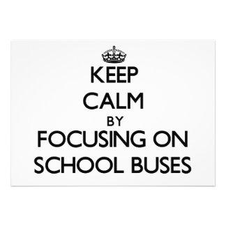 Mantenha a calma focalizando em auto escolares convite