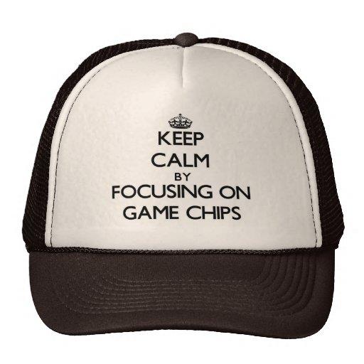 Mantenha a calma focalizando em batatas fritas em  bones