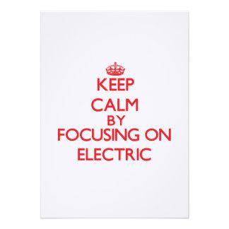 Mantenha a calma focalizando em elétrico convite personalizados