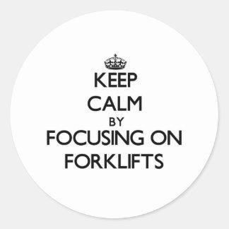 Mantenha a calma focalizando em empilhadeiras