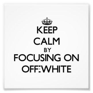 Mantenha a calma focalizando em esbranquiçado
