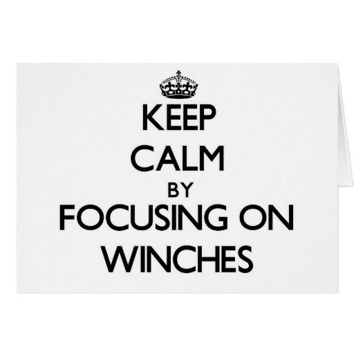 Mantenha a calma focalizando em guinchos cartao