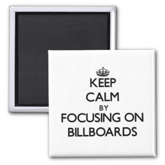 Mantenha a calma focalizando em quadros de avisos