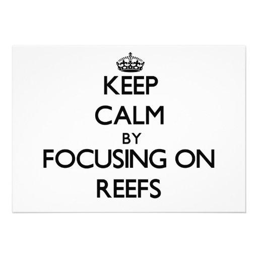 Mantenha a calma focalizando em recifes convite