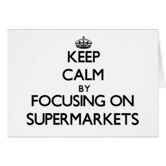Mantenha a calma focalizando em supermercados cartoes
