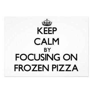 Mantenha a calma focalizando na pizza congelada