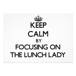 Mantenha a calma focalizando na senhora do almoço