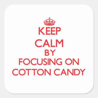 Mantenha a calma focalizando no algodão doce adesivo quadrado