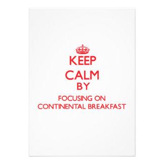 Mantenha a calma focalizando no almoço completo convites