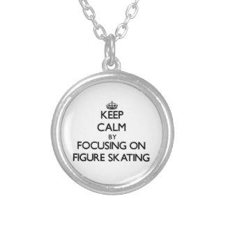 Mantenha a calma focalizando no patinagem artístic bijuteria personalizada