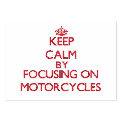 Mantenha a calma focalizando sobre em motocicletas modelo cartões de visitas