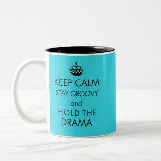 Mantenha a calma, permaneça Groovy, guardare o Caneca De Café Em Dois Tons