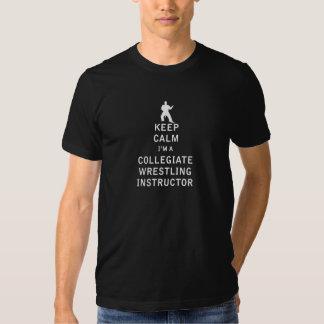 Mantenha a calma que eu sou um instrutor escolar tshirts