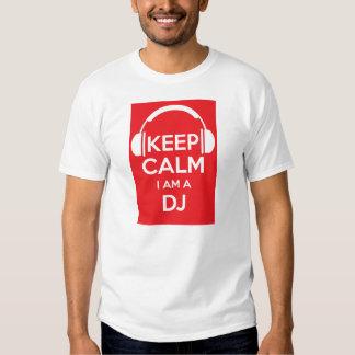 Mantenha a calma que eu sou um t-shirt do