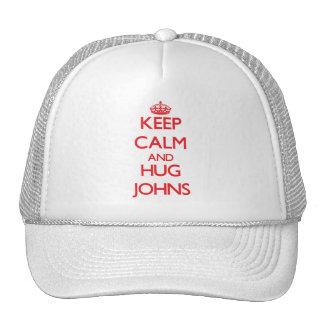 Mantenha calmo e abraço Johns Boné