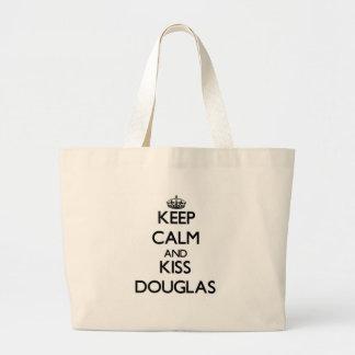 Mantenha calmo e beijo Douglas Bolsa De Lona