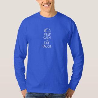 Mantenha calmo e coma a luva longa do Tacos T-shirts