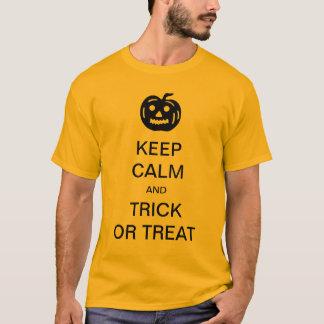 Mantenha camisa do Dia das Bruxas engraçado da