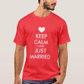 Mantenha camisas calmas do recem casados t para