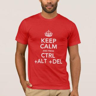 Mantenha o T calmo do geek Camiseta