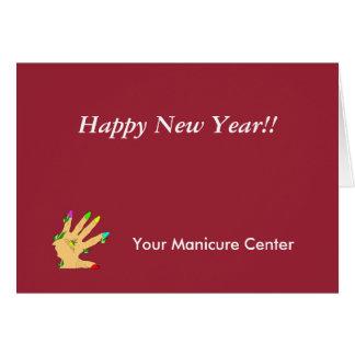 mão mágica com unhas das cores cartão comemorativo