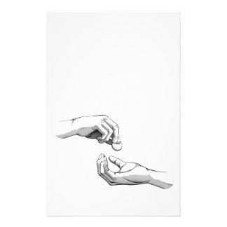 Mãos que dão que recebem o dinheiro panfleto personalizado