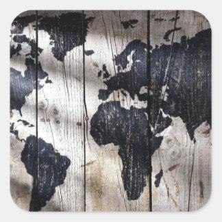 Mapa do mundo na textura de madeira adesivos